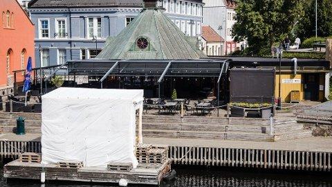 STENGES: Fiskebasaren har blitt stengt av kommunen etter at de brøt smittevernloven onsdag.
