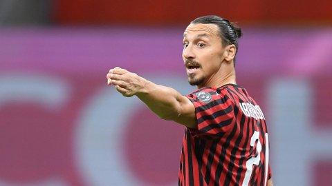 Zlatan Ibrahimovic hinter om å fortsette karrieren.