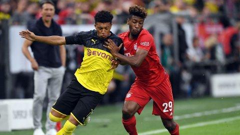 LIGARIVALER: Jadon Sancho og Kingsley Coman har hatt noen tøffe bataljer i Bundesliga.