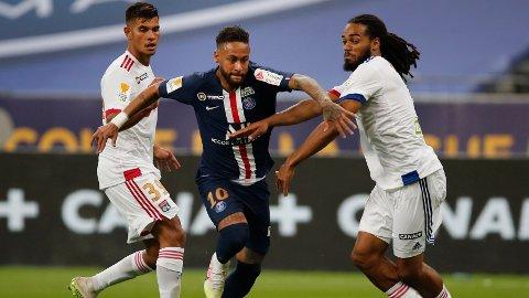 PSG-stjernen Neymar ser ikke ut til å få en overgang til Barcelona med det første.