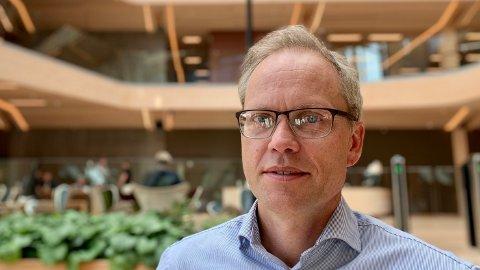 OVERRASKET: Sjeføkonom Kyrre Knudsen i Sparebank 1 SR-Bank har tidligere jobbet i Norges Bank, og er overrasket over at sentralbanken ser så positivt på fremtiden.