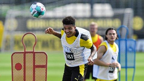 Jadon Sancho skal nærme seg en overgang til Manchester United. Her er han på trening med Dortmund mandag.
