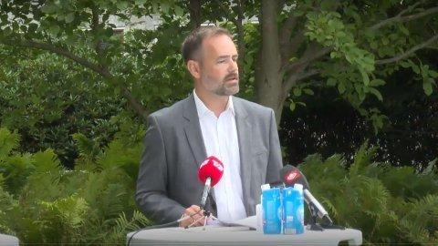 Borgermester Jacob Bundsgaard på pressekonferanse torsdag.