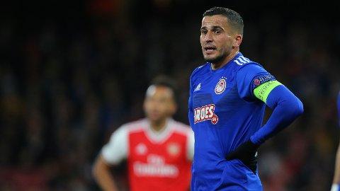 BYTTER BEITE: Omar Elabdellaoui har vært en sentral spiller og kaptein for Olympiakos, men nå drar han videre.