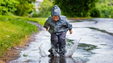 NYT VÆRET: Meteorologens klare beskjed er å nyte været, for nå kommer snart regnværet.