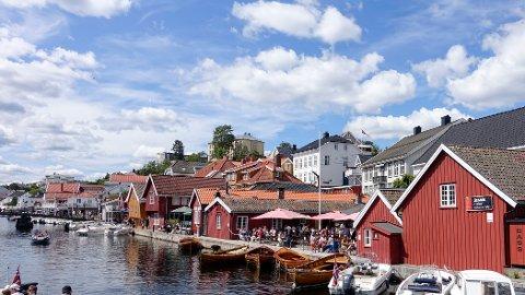 IDYLL SOM MINKER: Kragerø byr på sol, båter og turister om sommeren. Men befolkningen vil være minst fem prosent mindre i 2050, anslår SSB.
