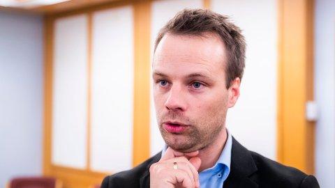 KRITISK: Innvandringspolitisk talsmann Jon Helgheim stiller spørsmål ved om prosessen for å velge ut kvoteflyktninger er god nok.