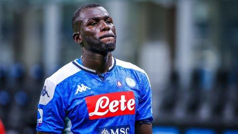 FERDIG I NAPOLI? Kalidou Koulibaly ryktes nok en gang til Manchester City.