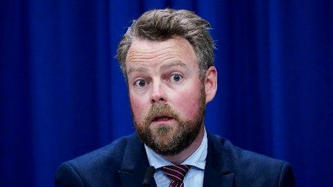 FORSLAG: Arbeids- og sosialminister Torbjørn Røe Isaksen (H) vil skrote dagens ordning med tilleggspensjon til enker og etterlatte.