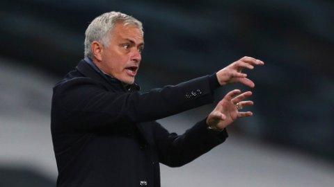 Tottenhams manager Jose Mourinho har en god statistikk mot Manchester United, men han tapte den forrige bortekampen mot United.