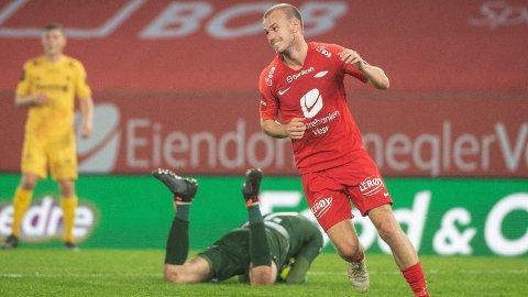 Petter Strand har vært Branns beste spiller etter at Kåre Ingebrigtsen tok over som Brann-trener. I kveld møter Strand sine gamle lagkamerater når Brann tar imot Molde på Brann stadion.