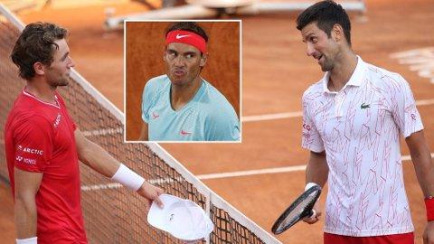 NÆRMER SEG TOPPEN: Casper Ruud har i løpet av et drøyt år spilt mot Både Novak Djokovic (t.h.) og Roger Federer. I tillegg har han flere treningsøkter med Rafael Nadal (innfelt) under beltet.