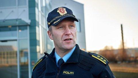 Svenn Ingar Viken bekrefter at krimteknikere fra politiet er på en adresse i Namsos etter det som betegnes som et mistenkelig dødsfall.