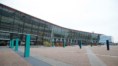 SELGER: Telenor selger hovedkontoret på Fornebu.