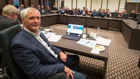 GIKK AV TIDLIG: I stedet for å utfordre kollegaen fra Audnedal kommune i kampen om rådmann-stillingen i nye Lyngdal kommune, valgte Norman Udland (62) å slutte. Med seg fikk han en full årslønn i pensjon.