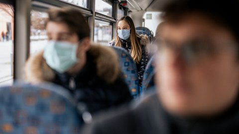 De fleste ansiktsmasker er ganske nøytrale. Noen er det ikke.