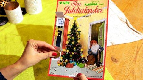 FLAX: Det ble mange glade vinnere med fjorårets Flax julekalendere. Her er årets utgave av stor Flax Julekalender for 2020.Foto: Sverre Houmb