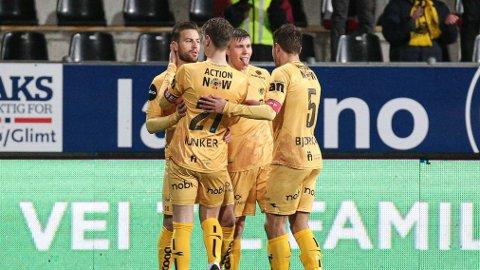 Kasper Junker og Philip Zinckernagel kan sikre gullet sammen med resten av Bodø/Glimt søndag kveld.