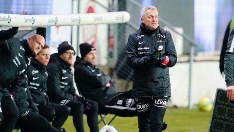 Branns trener Kåre Ingebrigtsen og assistenttrener Eirik Horneland under eliteseriekampen i fotball mellom Rosenborg og Brann på Lerkendal Stadion.