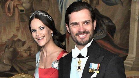 KORONASMITTET: Prinsesse Sofia og prins Carl Philip av Sverige har testet positivt for koronaviruset.