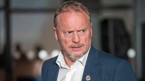 NEI TAKK: Samtidig som byrådsleder Raymond Johansen ber staten om krisehjelp, takker byrådet nei til 600 mill i reduserte bompenger og støtte til kollektivtransport.