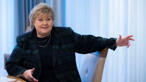 FULL FART: Mandag 04.01.21 er det egentlige startskuddet for vaksineringen mot koronaviruset i Norge, sier Erna Solberg til NTB. Hun lover full fart fremover.