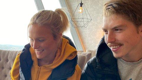 REAGERER: William Poromaa, her med kjæresten Frida Karlsson, var forbannet etter lørdagens Tour de Ski-etappe.