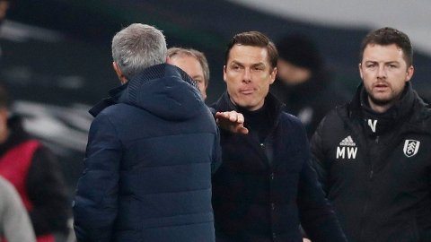 KONKURRENTER: Scott Parker følte ikke for å unnskylde for at de stilte sitt sterkeste lag mot José Mourinho (med ryggen til) og Tottenham.