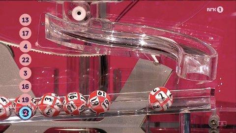 Tre stykker gjettet riktig på kveldens Lotto-rekke!