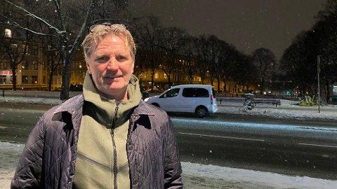 STÅLES HØYRE HÅND: Kent Bergersen er landslagets nye assistenttrener. Her møter du ham i «Taktikkpraten»