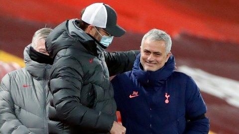 Liverpool-manager Jurgen Klopp (t.v.) har en god statistikk mot Jose Mourinho.