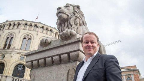 Frps Erlend Wiborg mener det norske pensjons- og trygdesystemet må være likt for alle.