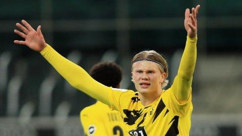 Erling Braut Haaland scoret to ganger mot Gladbach forrige helg. Vi tror nordmannen også kan lage trøbbel for Augsburg.