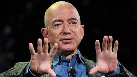 Amazon-sjef Jeff Bezos er en av verdens rikeste mennesker.