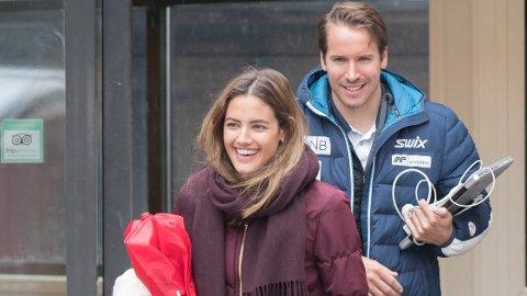 Samantha Skogrand har fått seg ny jobb. Her sammen med kjæresten Emil Hegle Svendsen.