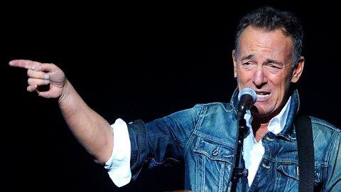 PROMILLEKJØRING: Bruce Springsteen er siktet for promillekjøring, hensynsløs kjøring og inntak av alkohol i et lukket område