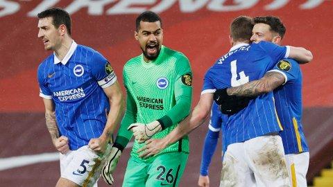 Robert Sanchez (midten) har holdt nullen i seks av 13 kamper for Brighton denne sesongen. Sanchez og Brighton-forsvaret har vært bunnsolide etter nyttår.