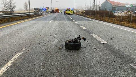 En 34 år gammel mann fra Fredrikstad er siktet for drapsforsøk og grov kroppsskade etter den alvorlige ulykken på E6 ved Grålum torsdag formiddag.