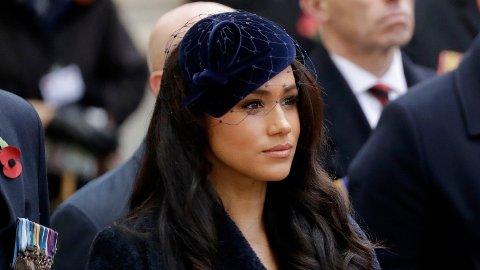 KRITIKK: Hertuginne Meghan må nok en gang tåle alvorlige anklager i pressen. Selv nekter hun for at det er sant.