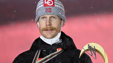 SØLV: Robert Johansson tok sølv i VM fredag kveld.