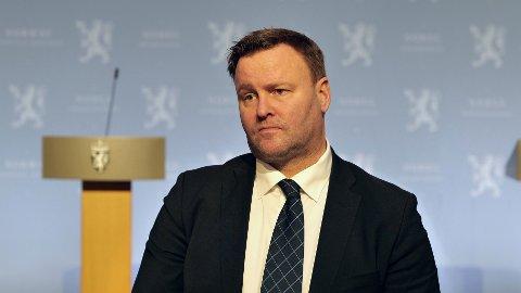 Assisterende helsedirektør Espen Rostrup Nakstad er redd for at smitten skal bite seg fast i Oslo-området nok en gang.