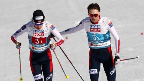 TOK MEDALJE: Espen Andersen og Jarl Magnus Riiber tok medalje på lagsprinten i VM.