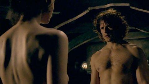 Outlander er en het serie som både kvinner og menn liker godt.