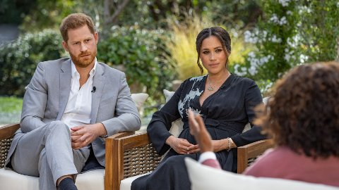 SØKKRIKE: Harry og Meghan, hertug og hertuginne av Sussex, under intervjuet med Oprah Winfrey.