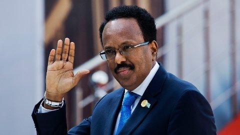 TO NYE ÅR: Somalias president, Mohamed Abdullahi Mohamed, har skrevet under en på en ny lov som innebærer at han blir sittende som president i to år til.