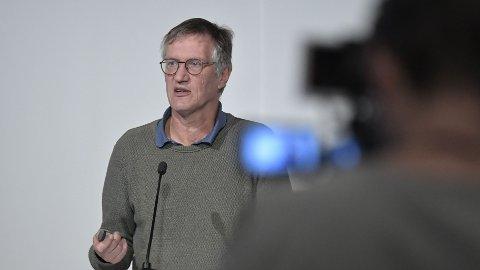 HØYE DØDSTALL: Anders Tegnell er statsepidemiolog i Sverige, som har registrert over 885.000 smittetilfeller og 13.700 koronarelaterte dødsfall.