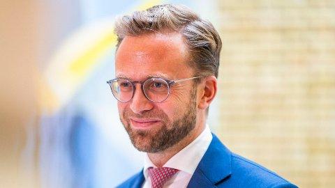 Kommunalminister Nikolai Astrup (H) fjerner all tvil rundt høstens valg.