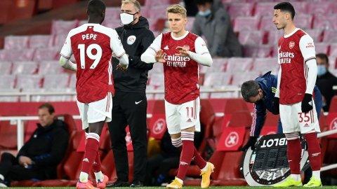 Fansen vil at Martin Ødegaard skal starte i den offensive midtbanerollen som Emile Smith Rowe har bekledd i tre Premier League-kamper på rad.