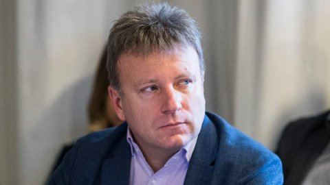 FLERE FRA HØYRESIDEN: Dagen-redaktør Vebjørn Selbekk mener flere fra høyresiden bør ønske seg inn i journalistyrket.