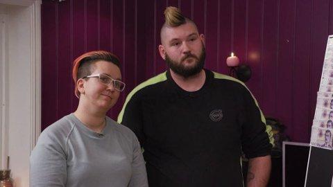 KRITISK SITUASJON: Mona og Kim Remi Sæterstad overså regninger og inkassovarsler. Det gikk så langt at de sto i fare for å miste huset. Foto:Mastiff / TV3.